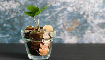 Imagem ilustrativa de: 12 ideias de fontes de renda extra online