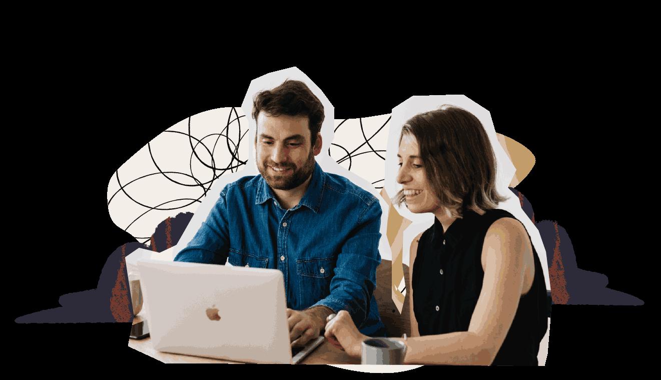 Un hombre y una mujer viendo una computadora