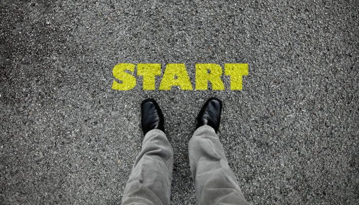 pés próximos da palavra começar em inglês