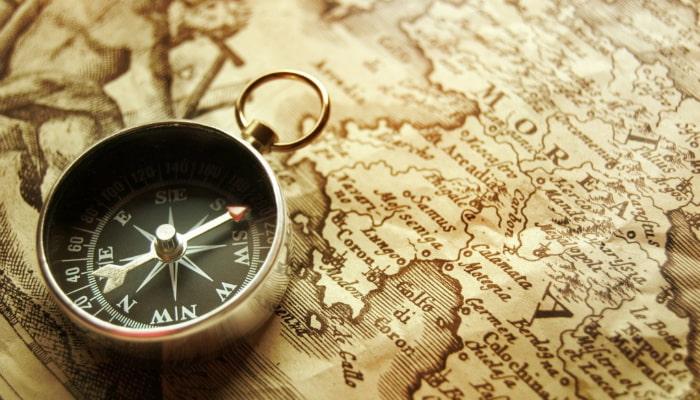 bússola e mapa