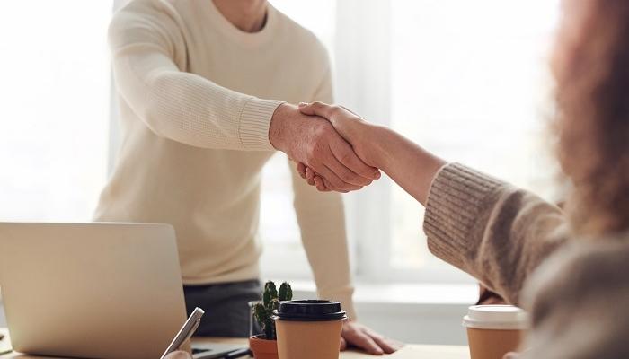 Sell in e sell out: o que são e como se integram?