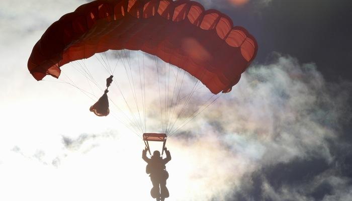 Paraquedas representa ferramenta para criar landing page