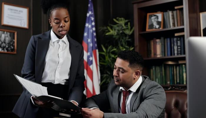 Advogados conversam sobre leis importantes que devemos saber