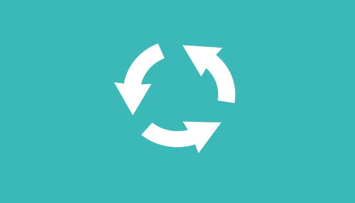 Ilustração com três setas formando um círculo, representando a logística reversa no ecommerce