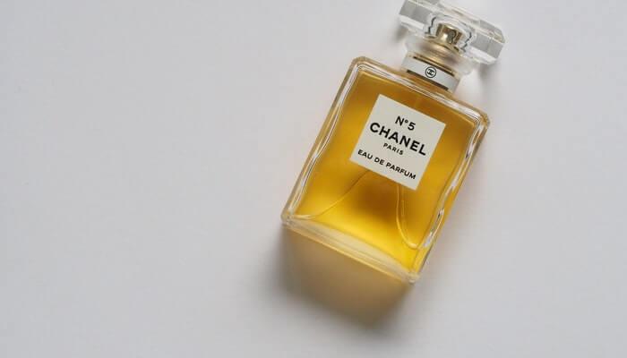 Perfume Chanel número 5 representa o valor da marca
